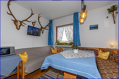 Herzlich Willkommen Im Gästehaus Kriner Mittenwald Oberbayern